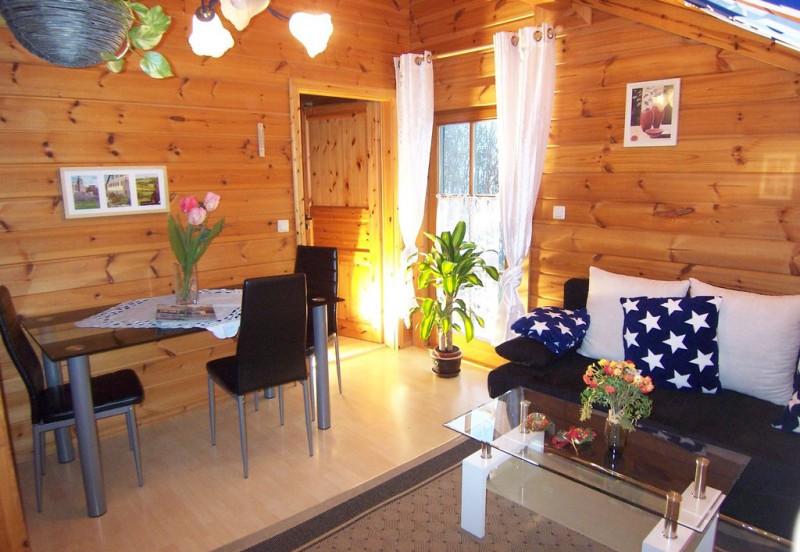 Ferienhaushotel Bühlerzell Wohnzimmer Wohnung B bis 5 Personen.